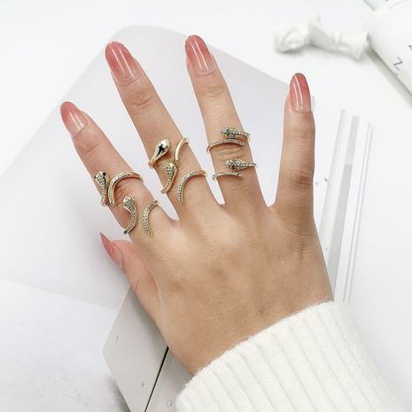 micro-inlaid zircon snake-shaped ring NHJQ299060's discount tags