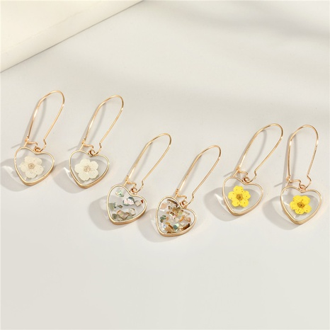 fashion heart-shaped dried flower resin earrings NHGO300078's discount tags