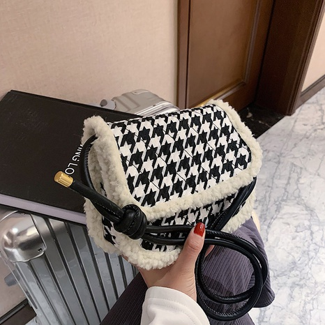 new trendy fashion lamb wool one shoulder messenger bag NHRU300416's discount tags