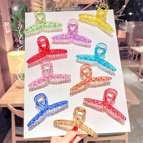 Clip requin transparent simple coréen NHNA301035's discount tags