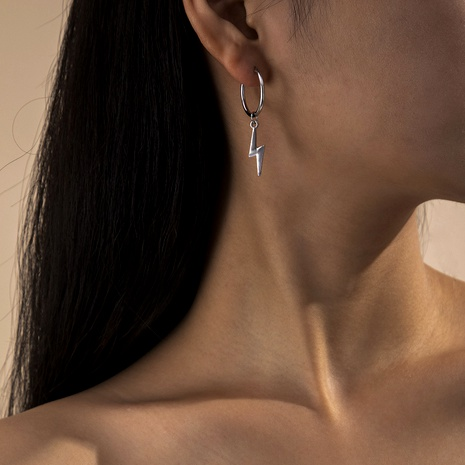 simple small lightning fashion earrings NHXR290765's discount tags