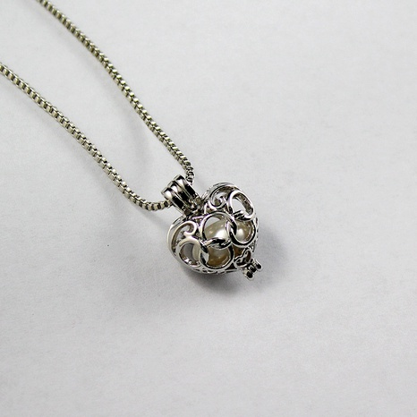 New Oyster Pearl Hollow Peach Heart DIY Pendant necklace NHAN290868's discount tags