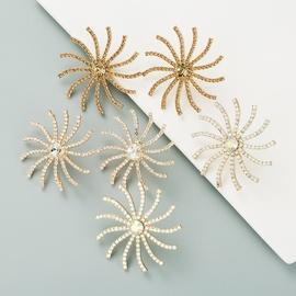 aretes con incrustaciones de diamantes de imitación de aleación de girasol NHLN302311