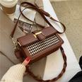 NHLH1374449-brown