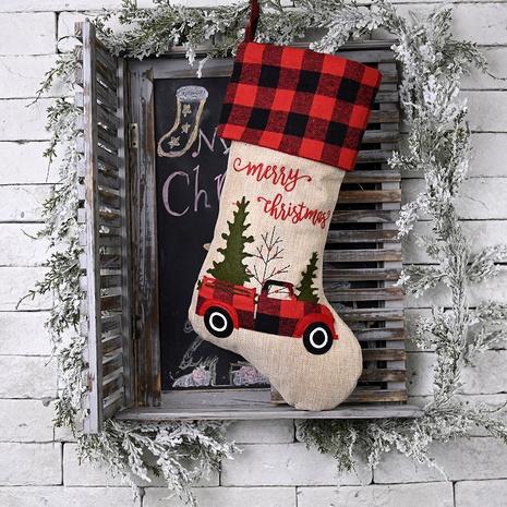 Bolsa de regalo de calcetín navideño de coches a cuadros rojos y negros NHHB291393's discount tags