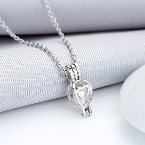 Pearl Simple Heart Pendant Necklace  NHAN291103's discount tags