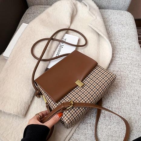 Retro plaid fashion shoulder messenger bag NHJZ291645's discount tags