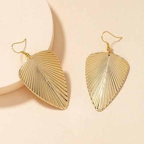 Boucles d'oreilles en forme de feuille en métal NHGU292326's discount tags