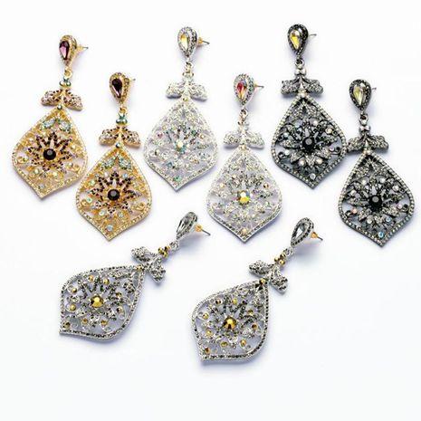 Fashion jewelry wholesale diamond flower pendant women's earrings NHQD196550's discount tags