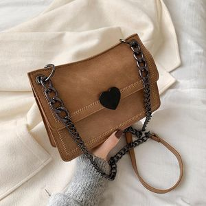 New casual shoulder bag female Korean version of the retro wild chain heart buckle Messenger small square bag NHPB196879