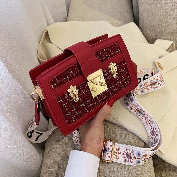 New Korean woolen wideband messenger bag wild simple fashion woven lock shoulder small square bag NHPB196914