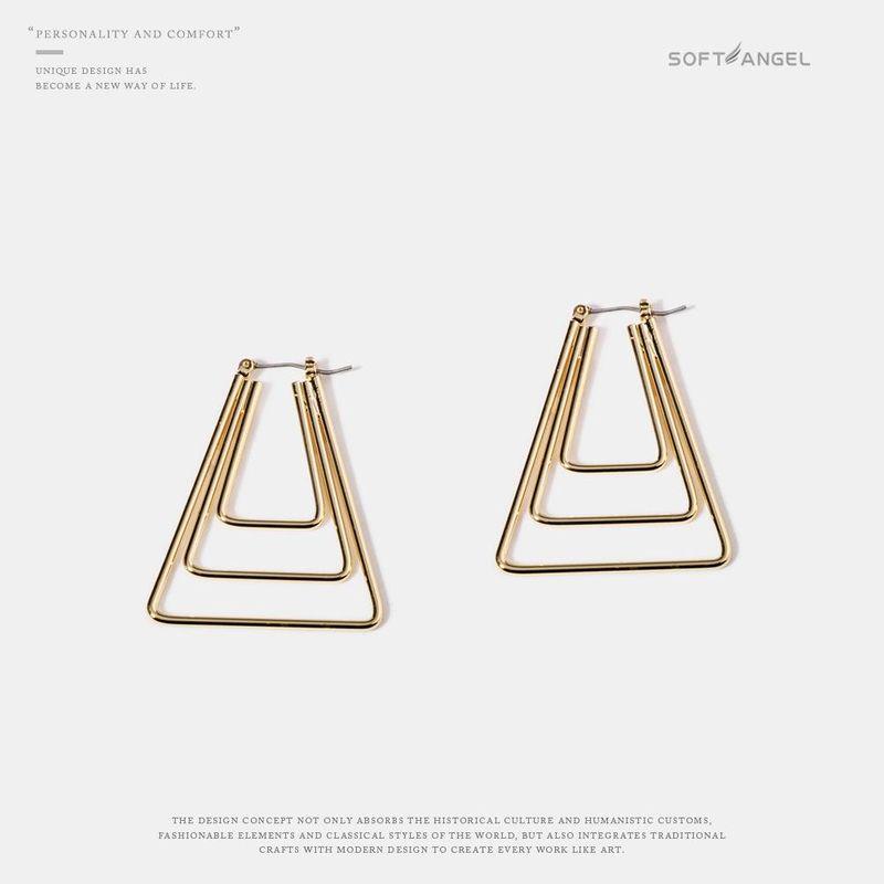 Wholesale Metal Alloy Earrings New Female Fashion Geometric Stud Earrings NHQS197104