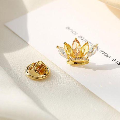 Fashion brooch crown small brooch mini anti-lighting buckle shining zircon neckline pin collar flower jewelry NHDO197325's discount tags