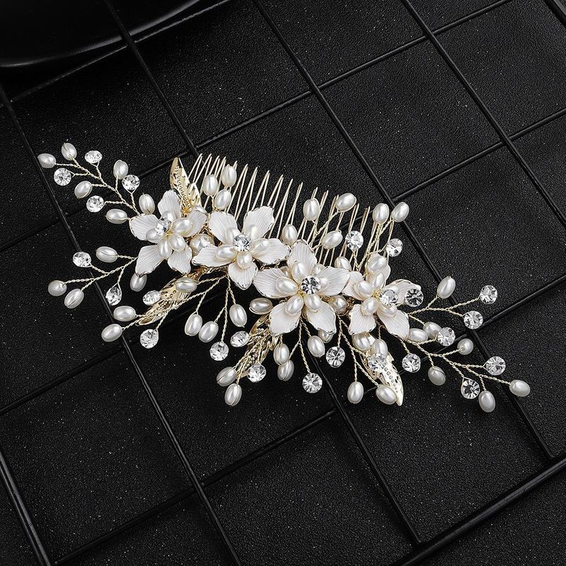 Fashion Hair Comb Retro Wedding Headdress Bridal Bridesmaid Dress Accessories Alloy Flower Insert Comb NHHS197401