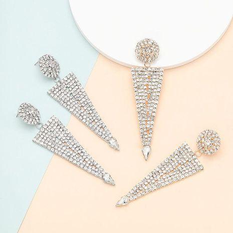 Pendientes geométricos de diamantes y diamantes de imitación de aleación de triángulo redondo multicapa exagerado de moda NHJE197434's discount tags