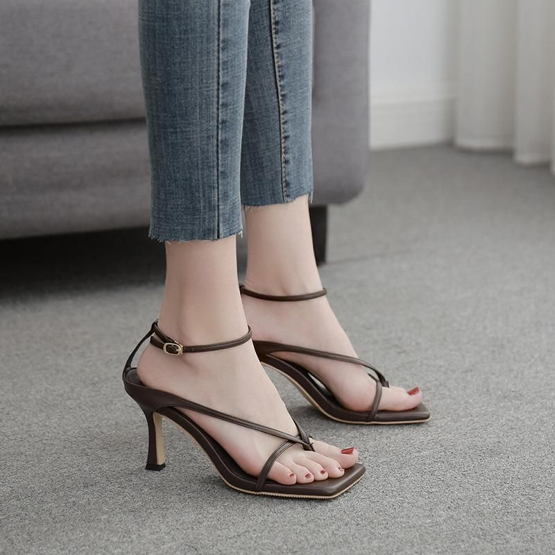 New square head wild word belt high heel women's shoes thin belt sexy clip toe Roman sandals women NHSO197813