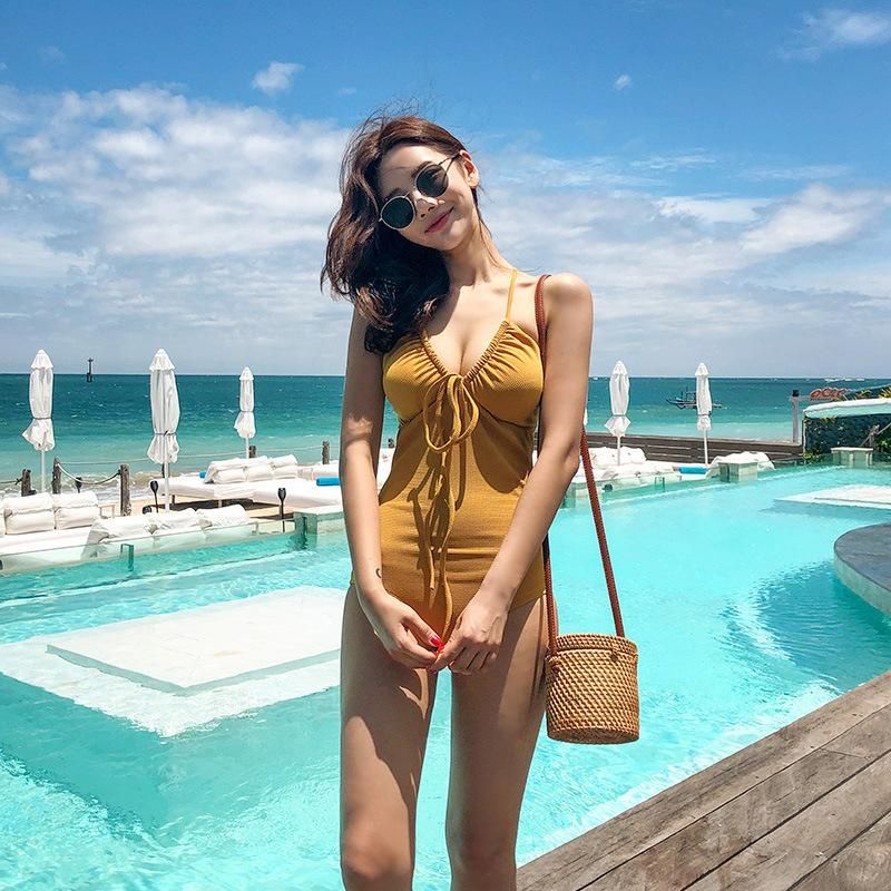 New one-piece ginger covered belly halter drawstring sexy hot spring swimsuit NHHL198331
