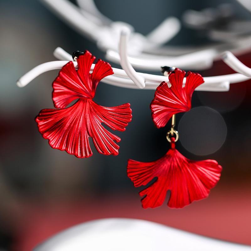 925 Silver Needle Fashion Asymmetric Petal Simple Red Festive Elegant Sexy Earrings NHPP198702
