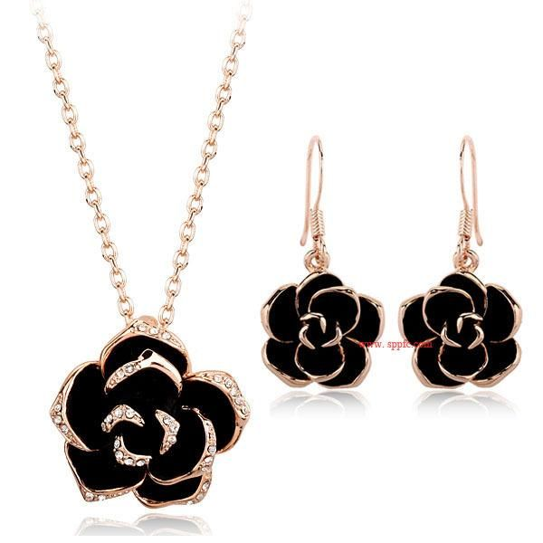 Fashion exquisite vintage inlaid Austrian diamond oil rose personality necklace jewelry set NHLJ198741