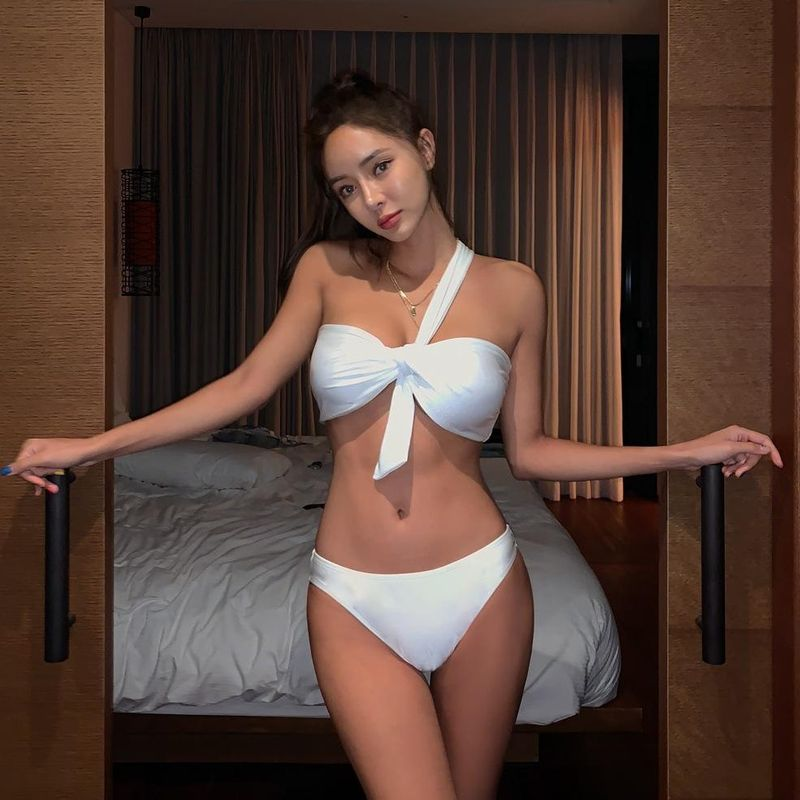 Fashion swimwear wholesale new fashion sexy split female swimsuit NHHL198804
