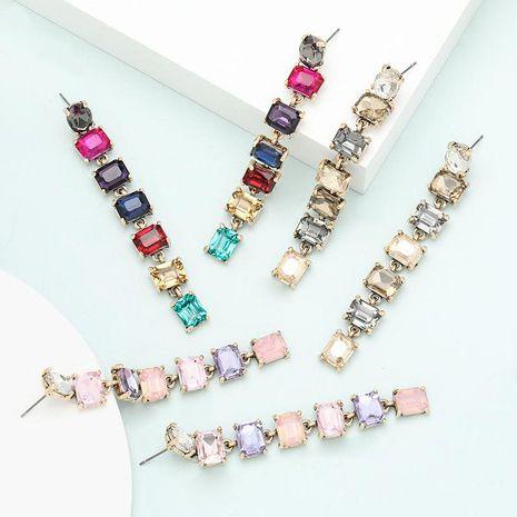 Pendientes de aleación de nuevo estilo con diamantes y pendientes de temperamento. NHJE199083's discount tags