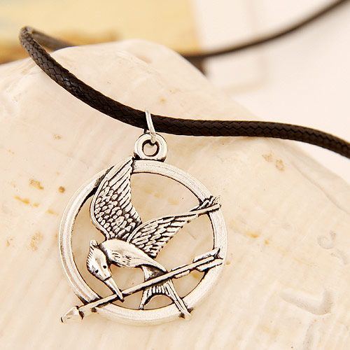 Fashion Metal Peace Bird Leather Necklace NHSC199682
