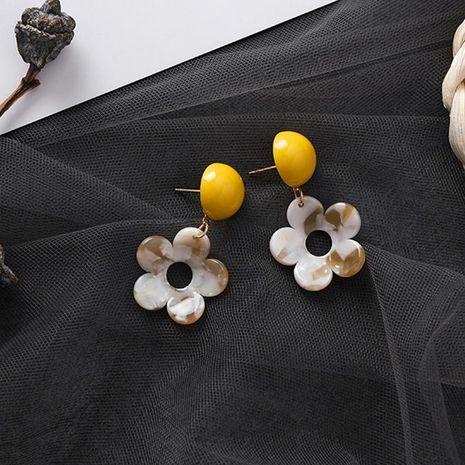 Pendientes artesanales de acrílico con forma de hada amarilla NHMS196003's discount tags
