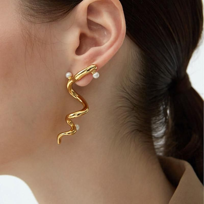 Fashion exaggerated delicate golden spiral solid line earrings NHYQ201403