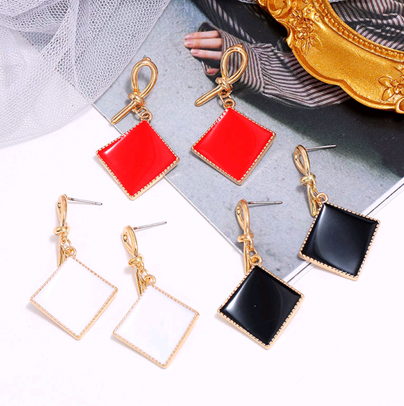 Korean fashion sweet contrast geometric square earrings NHSC201819
