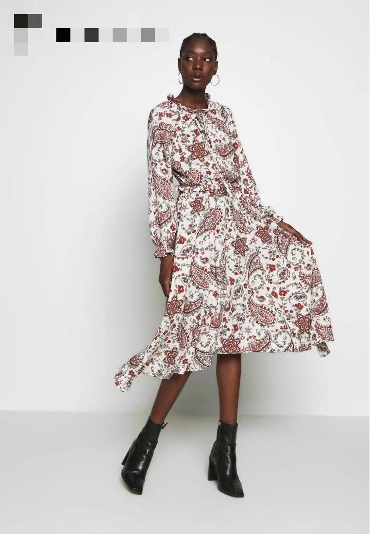 Wholesale Spring Femme Round Neck Long Sleeve Pleated Skirt Cashew Print Dress NHAM201524