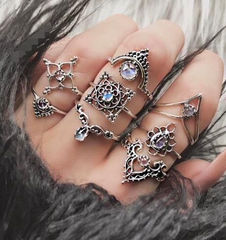 New Vintage Hollow Crown Diamond Drop Shaped Ring 8-piece Joint Ring NHGY201872