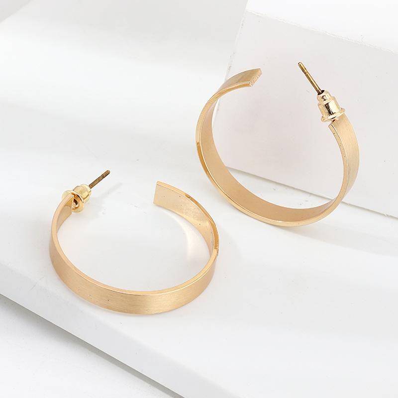 Stylish metallic glossy C-shaped stud earrings exaggerated geometric earrings NHNZ201890