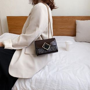 Small bag diagonal chain women bag new fashion winter patent leather small square bag wholesales yiwu NHTC202345's discount tags