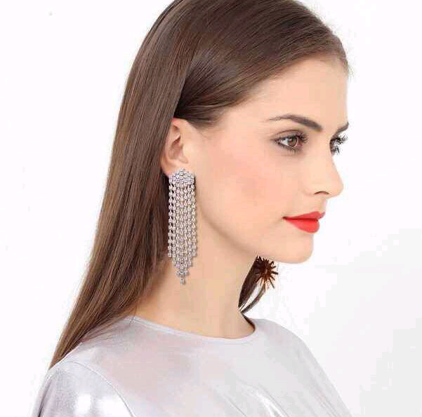Fashion jewelry metal flash diamond tassel exaggerated earrings NHSC202422
