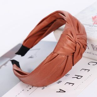 Headband Hair Accessories Simple Leather Knotted Wide Edge Hair Band suppliers china NHHV202532's discount tags