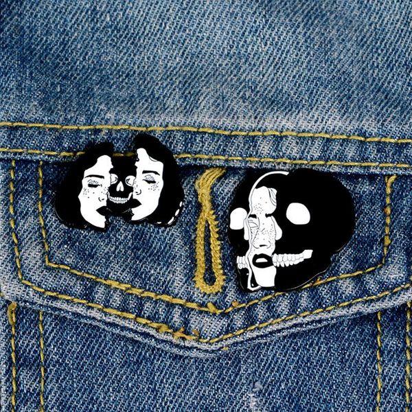 Split ladies enamel brooch skull skull brooch ladies backpack clothes punk badge NHBO202903