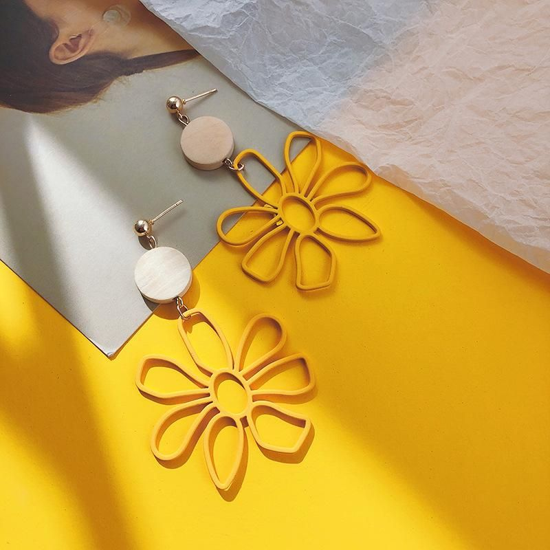 Korean Hollow Daisy Yellow Flower Earrings Vintage Asymmetric Earrings NHPF203033