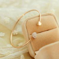 Pulsera de amor con forma de corazón de diamante completo apertura pulsera chapada en oro pulsera de corazón doble durazno mujer al por mayor de yiwu NHDP203054