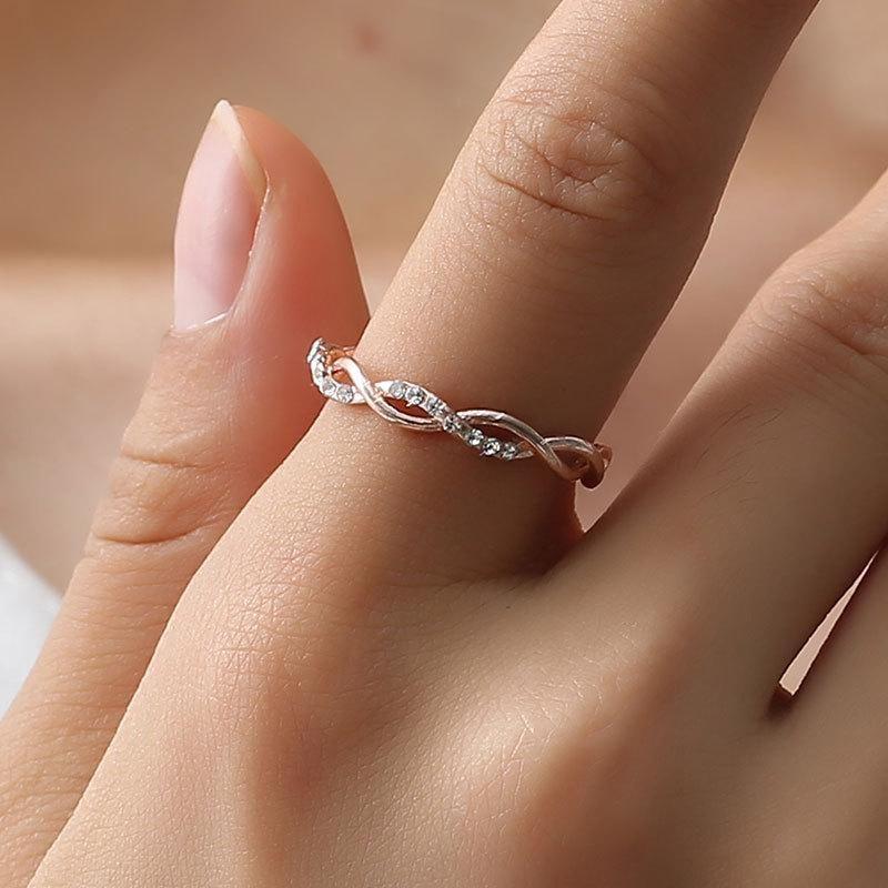 Fashion Simple Diamond Twist Ring Ms. Environmentally Friendly Copper Diamond Twisted Bridal Ring NHDP203094