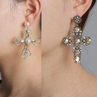 Aretes baratos para mujer de diamantes cruzados al por mayor de yiwu de moda proveedores de china NHJJ203627's discount tags