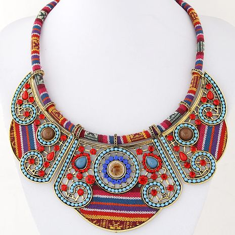 Tendance Bohême style de célébrité simple collier de gemme chaîne d'argent courte en gros NHSC204351's discount tags