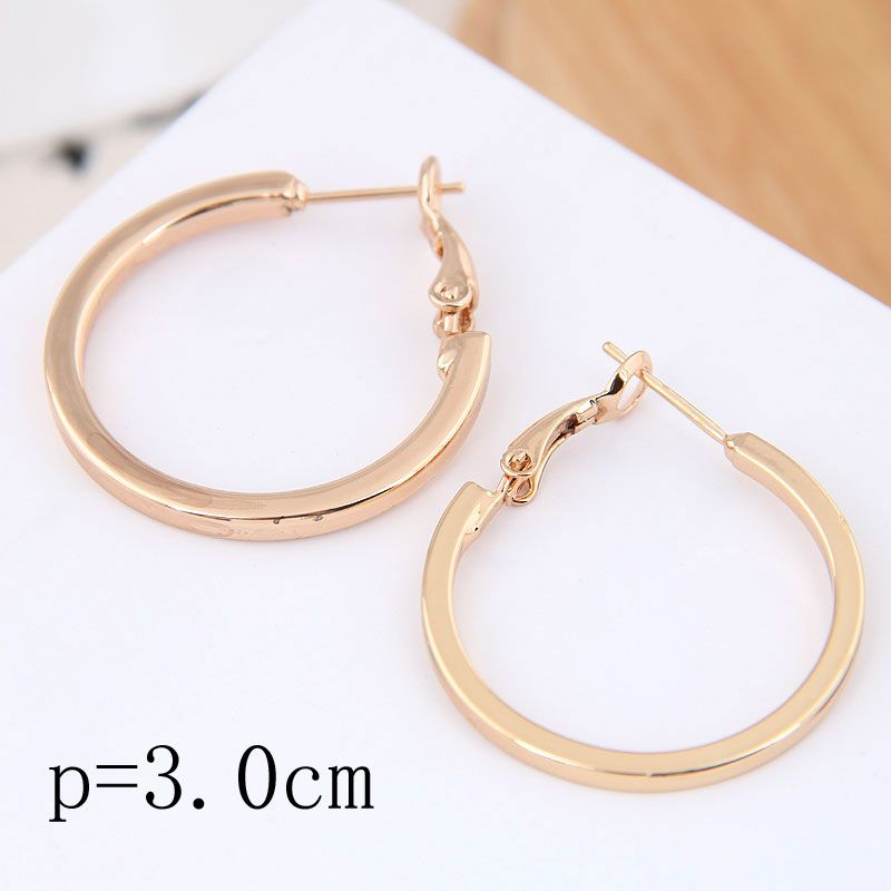 30mm boutique Korean fashion metal simple and smooth personality earrings NHSC199652