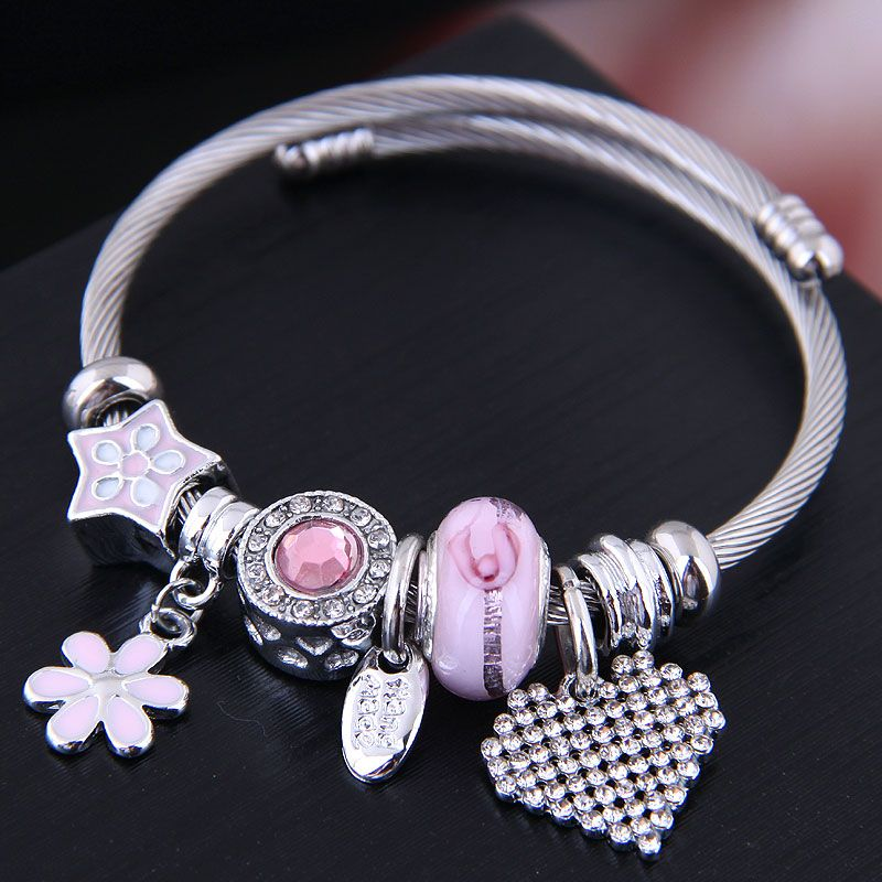 Fashion metal wild simple flowers bright love pendant multi-element accessories personalized bracelet NHSC199642