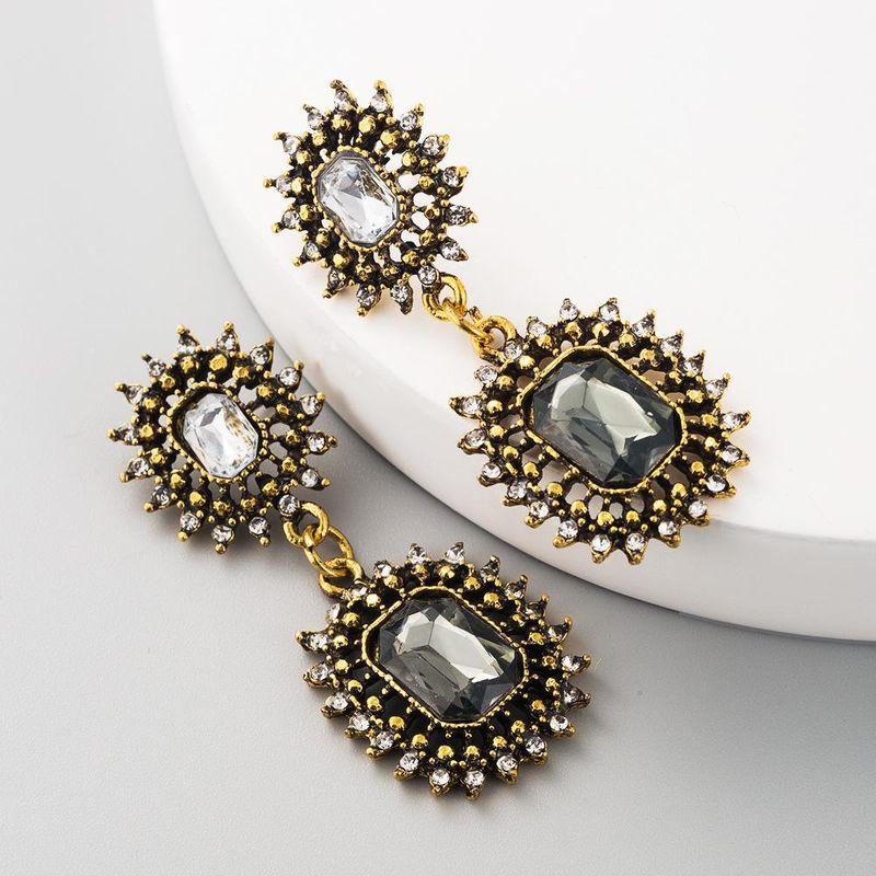 Fashion retro exaggerated earrings alloy diamond cutout rectangular ladies long earrings jewelry NHLN199328