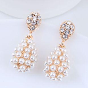 Moda coreana dulce OL simple elegante gota de agua pendientes de perlas al por mayor NHSC204327's discount tags