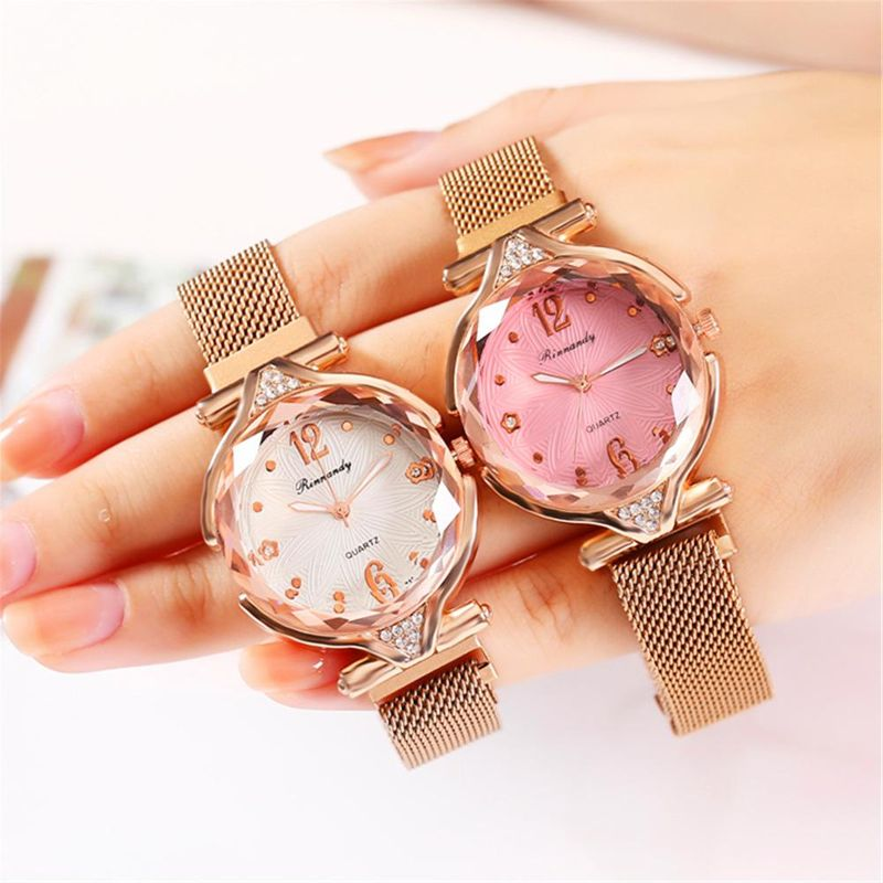 New watch ladies mesh luxury 4-piece prism glass magnet buckle Milan band red quartz watch NHHK203871
