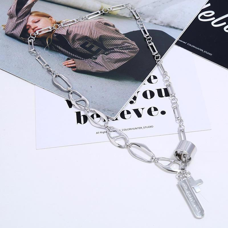 Fashion thick chain men and women funds chain hip hop cross pendant retro sweater chain accessories NHKQ204469