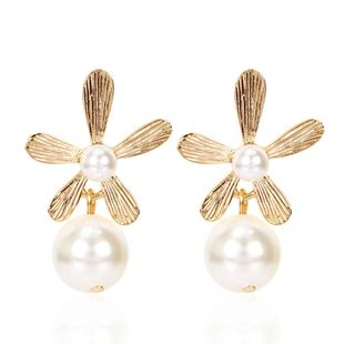 Retro earrings simple three-dimensional flowers irregular pearl earrings NHCT204521's discount tags