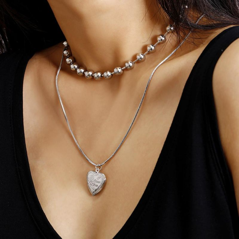 New Fashion Round Bead Chain Geometric Pendant Item Open Peach Heart Set Necklace for women NHXR204534
