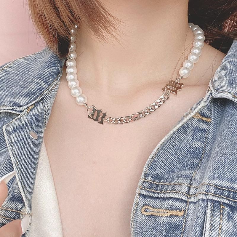 New Fashion Short Pearl Chain Splicing Necklace Titanium Steel Necklace Wholesale NHNT204569